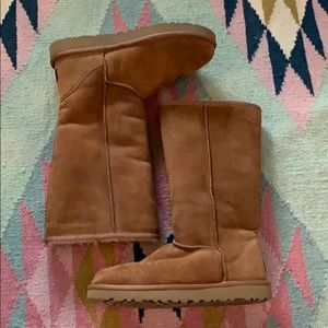 UGG Australia classic tall boot sz 8 chestnut